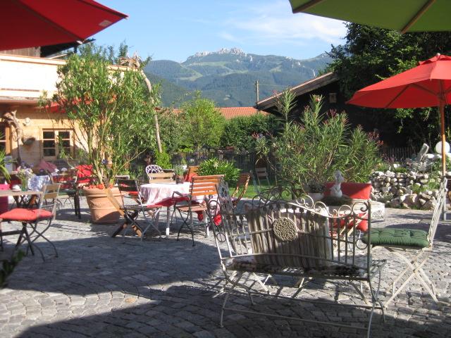 genuss, gastronomie, genussgastronomie, aschau im chiemgau, restaurant, wirtschaft, garten, biergarten